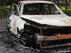 广西一辆新车无人驾驶滑行自燃烧成铁架