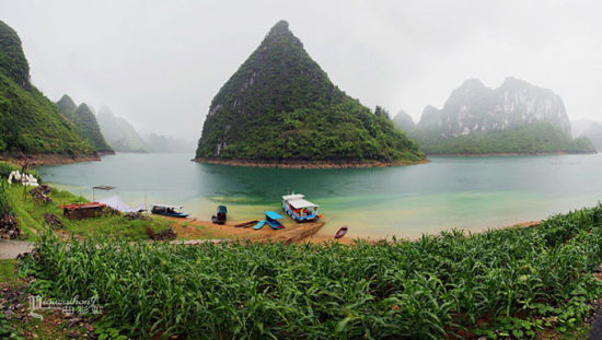大龙湖:徐霞客最眷恋的壮乡仙境